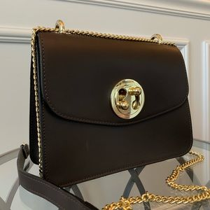 NWT Vera Pelle Brown Genuine Leather Shoulder Bag